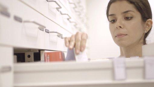 Farmacêuticos querem impedir farmácias em hospitais