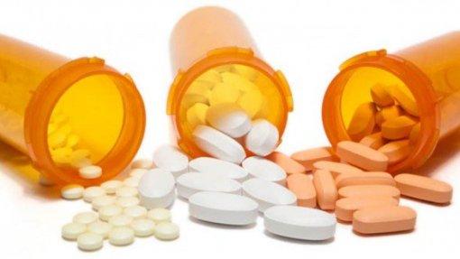 Endocrinologistas alertam para riscos do uso abusivo de suplementos hormonais
