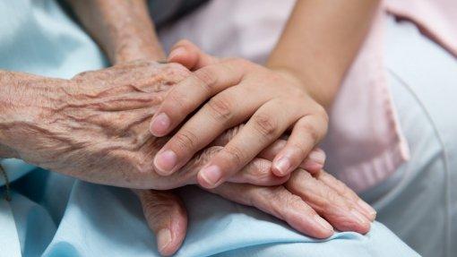 Quase 50 milhões de pessoas vão morrer em 2060 sem cuidados paliativos