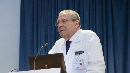 Presidente do IPO do Porto saiu em liberdade do TIC com caução de 20 mil euros