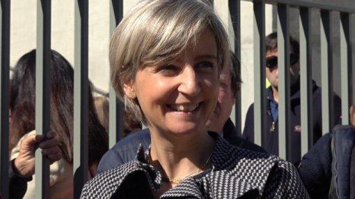 Ministra da Saúde vai ao parlamento explicar caso do Hospital de Vila Franca