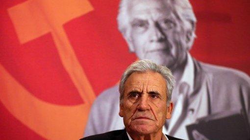 Jerónimo de Sousa quer PS a clarificar posição sobre fim de taxas moderadoras