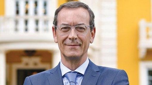 Miguel Guimarães garante que Marta Temido recebeu propostas para resolver problemas do SNS e nada fez