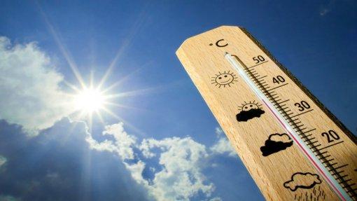 Dezassete distritos sob aviso amarelo devido ao calor na quarta e quinta-feira