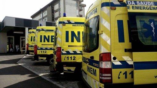 Problemas elétricos nas novas ambulâncias do INEM resolvidos até final do mês