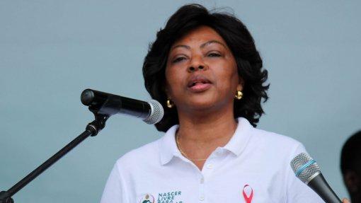 Primeira-dama angolana convida Meghan Markle a apoiar campanha para reduzir transmissão de HIV à nascença