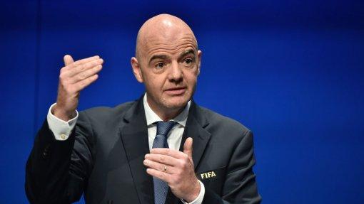 """FIFA promete """"grande evento"""" em 2020 para ajudar na luta contra doenças infeciosas"""