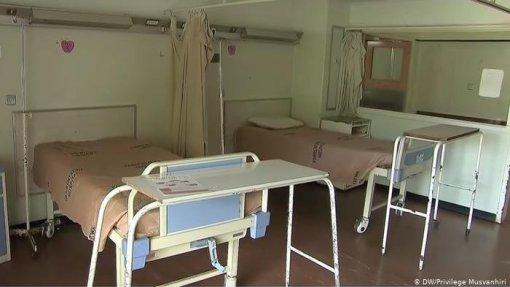 Médicos no Zimbabué recusam parar greve como ordenou a justiça