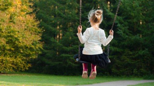 Crianças expostas a espaços verdes têm menor risco de desenvolver doenças