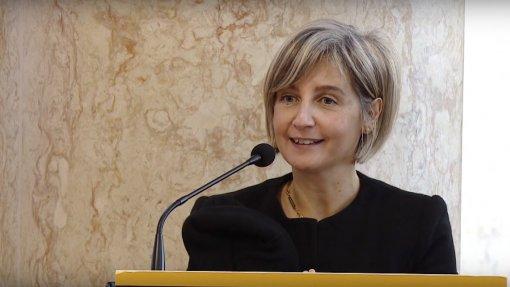 Ministra da Saúde diz que opção no SNS é entre interesse público e corporações