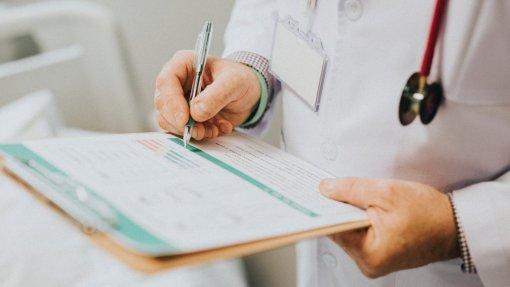 Mais de 1.070 processos disciplinares a médicos em 2018, 45 foram condenados