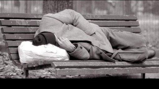 Sem-abrigo toxicodependentes esperam três meses por consulta