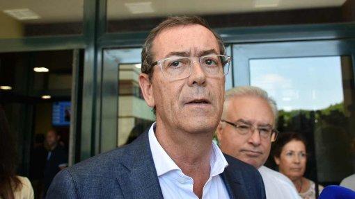 """Bastonário defende solução rápida de problema """"preocupante"""" das urgências de Lisboa Norte"""