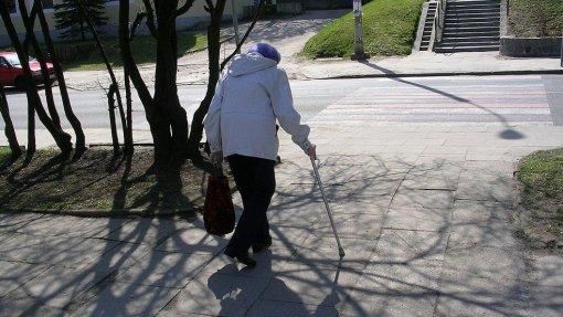 Projeto 'Move-Aged' quer perceber como é que mobilidade urbana afeta idosos
