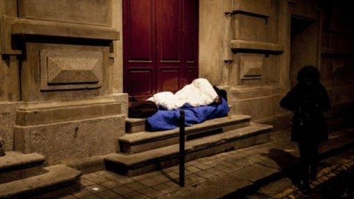 Câmara de Lisboa prevê arrendar em 2020 pelo menos mais 45 casas para sem-abrigo