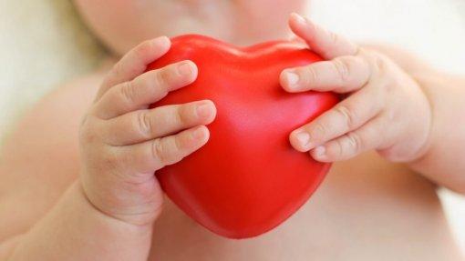 Cardiologia de Santa Marta trata há 50 anos corações dos mais pequenos