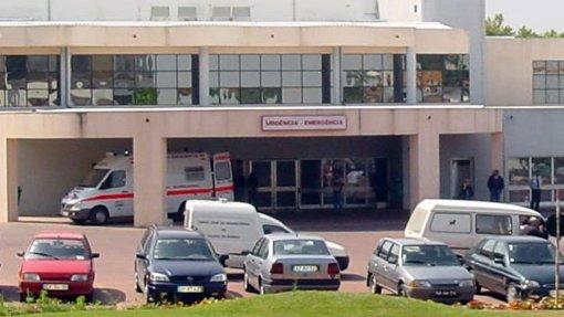 Centro Hospitalar do Oeste advertido por não cumprir direito à interrupção voluntária da gravidez
