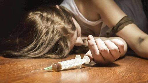 Mortes por overdose aumentaram quase 30% em 2018