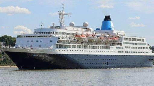 Marinha resgatou três passageiros de cruzeiros no Funchal na passagem de ano