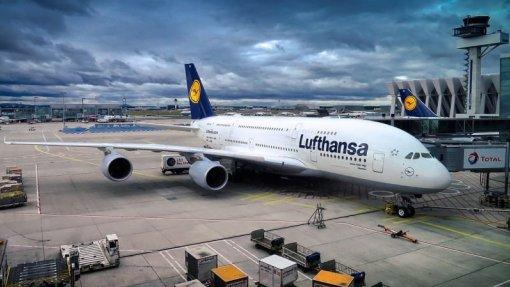 Covid-19: Lufthansa suspende voos para a China até finais de março
