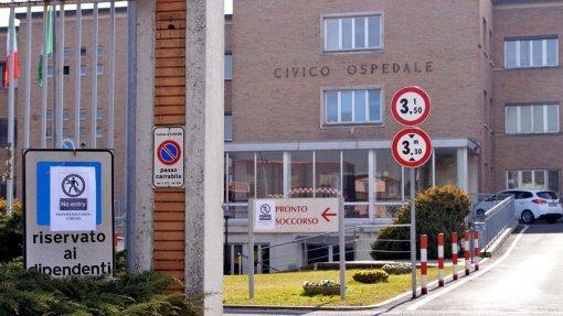 Covid-19: Cidade italiana encerra locais públicos após confirmação de casos de infeção