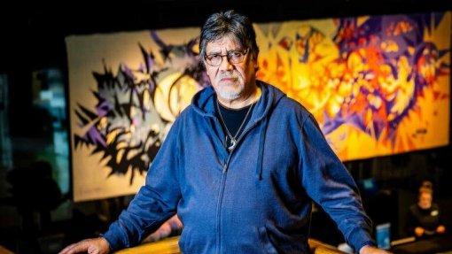 Covid-19: Escritor Luis Sepúlveda é o primeiro caso confirmado nas Astúrias
