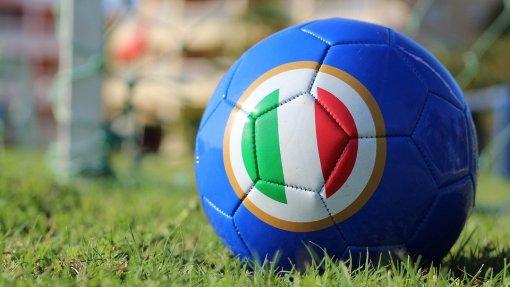 Covid-19: Itália suspende temporariamente campeonato de futebol