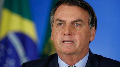 """Covid-19: Bolsonaro critica governadores por terem """"medinho"""" do vírus"""