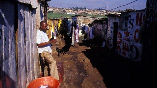 """Covid-19: ONG considera """"impraticável"""" pensar num confinamento obrigatório em Moçambique"""