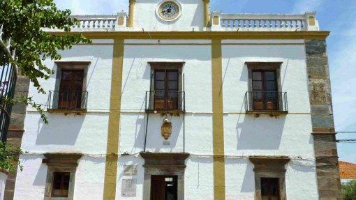 """Covid-19: Câmara de Mourão manifesta """"preocupações"""" com ponto de passagem autorizado para Espanha"""