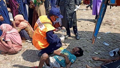 """Covid-19: Bangladesh vive """"pesadelo"""" com eventual surto na comunidade rohingya"""