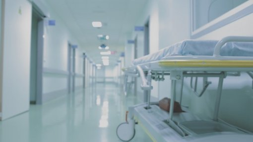 Parlamento discute quarta-feira petição para construção de novo hospital em Lagos
