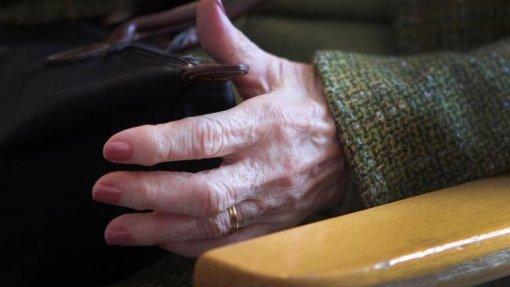 Covid-19: Portugal regista 285 casos de infeção em lares – Governo