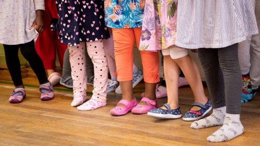 Covid-19: BE propõe seis medidas extraordinárias para combater pobreza infantil
