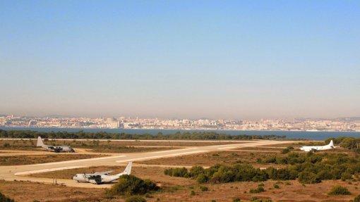 Montijo: Plataforma cívica defende no parlamento reavaliação do novo aeroporto
