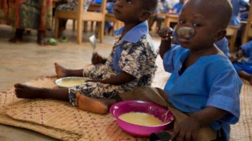 Covid-19: Unicef alerta para risco de desnutrição de 6,7 milhões de crianças