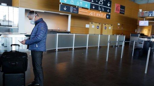 Covid-19: UE reduz a 12 lista de países terceiros para reabertura de fronteiras externas