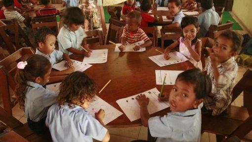 Covid-19: Ministro da Educação timorense reafirma empenho em cooperação com Portugal