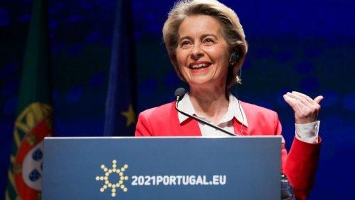 """UE/Presidência: Restrições são """"absolutamente fundamentais"""" face à covid-19 - Von der Leyen"""
