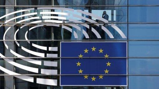 Covid-19: PE aprova regulação para manter fundos de assistência a necessitados