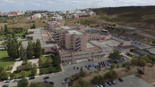 Covid-19: Hospital Fernando da Fonseca instala nova rede de oxigénio na Torre da Amadora