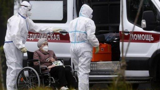 Covid-19: Pandemia já matou pelo menos 2.075.698 pessoas no mundo -AFP