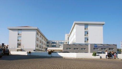 """Covid-19: Hospital de Évora apela a enfermeiros para reforço """"urgente"""" das equipas"""