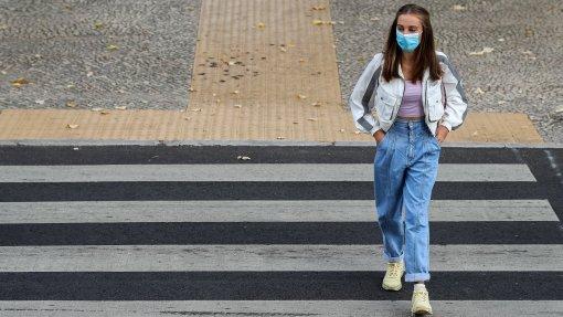 Covid-19: PSD a favor do uso de máscara na rua e corrige sentido de voto anunciado