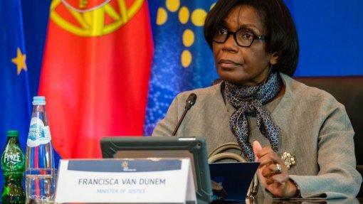 Covid-19: Pandemia colocou desafios ao sistema prisional e expôs fragilidades - Ministra