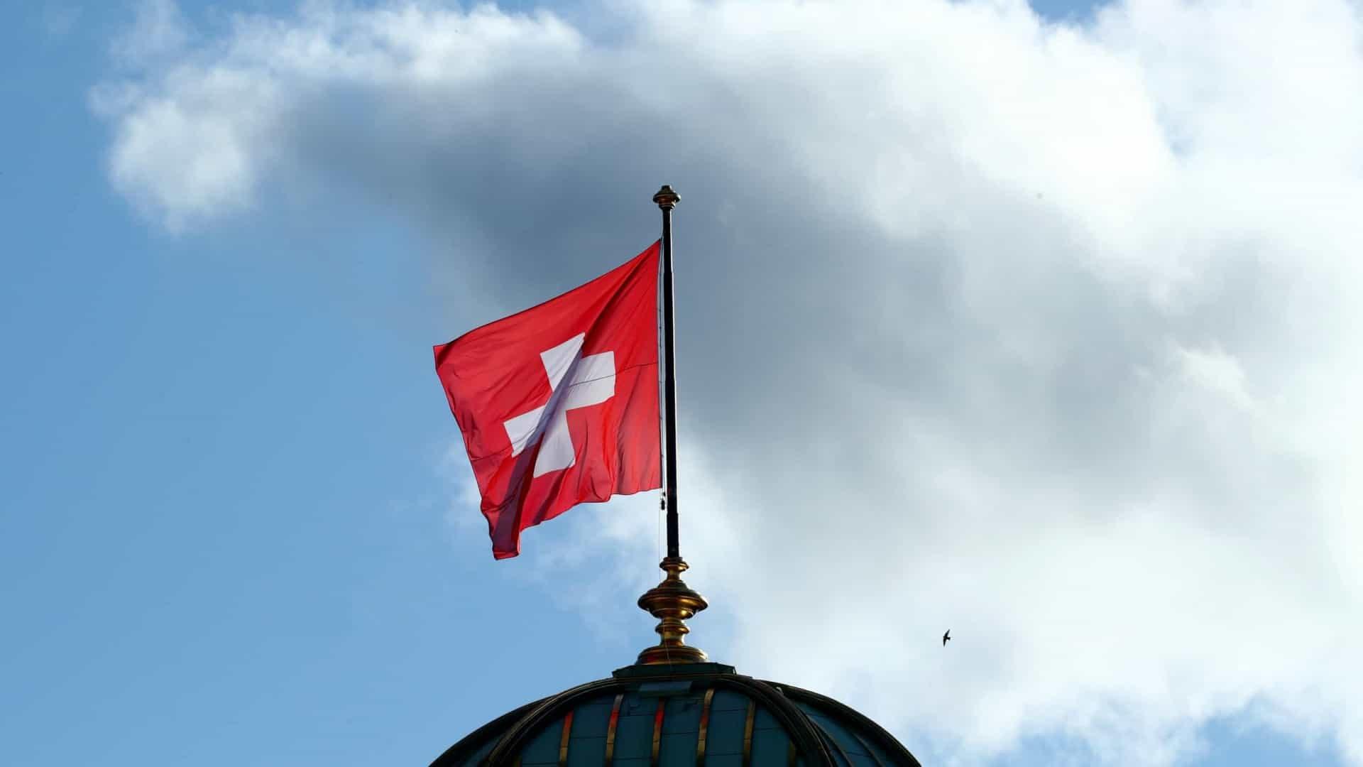 Covid-19: Suíça ultrapassa os 500 mortos e as 20.000 pessoas infetadas
